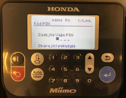 Inteligentní ovládací panel v českém jazyce
