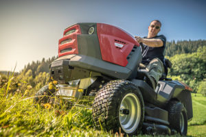SECO - Jak posekat velké travnaté plochy?